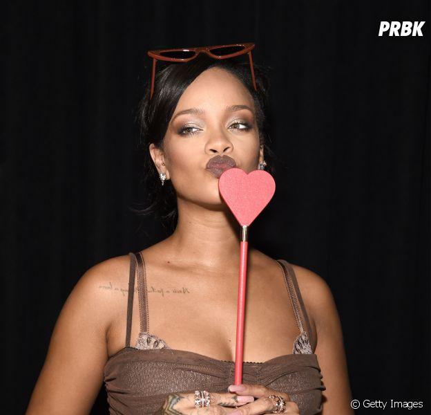 Descubra qual hit da Rihanna você é!