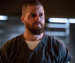 """De """"Arrow"""", Stephen Amell publica mensagem confirmando o cancelamento da série"""