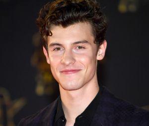 """A entrevista de Shawn Mendes à The Observer vai muito além do título de """"Príncipe do Pop"""" recebido pelo cantor"""