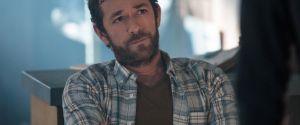 """O último episódio de Luke Perry em """"Riverdale"""" ganhou uma data de estreia"""