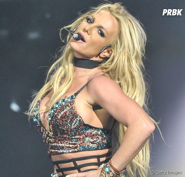 Britney Spears pede privacidade aos fãs após se internar em clínica de reabilitação
