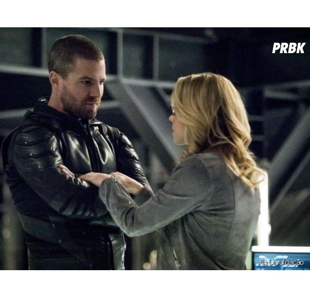 """""""Arrow"""": último episódio da 7ª temporada marca despedida de Feliticy (Emily Bett Rickards)"""