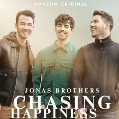 """Prepara o lencinho: documentário """"Chasing Happiness"""", sobre história dos Jonas Brothers, já tem data"""