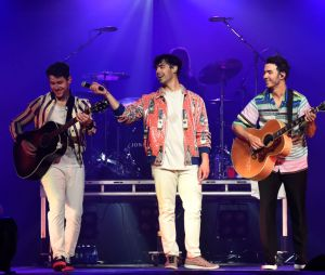 Jonas Brothers voltam à ativa depois de 6 anos de espera com novas músicas e documentário