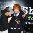 """Justin Bieber e Ed Sheeran avisam que clipe de """"I Don't Care"""" será lançado em breve"""