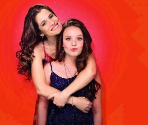 """Larissa Manoela e Ingrid Guimarães vivem a relação mãe e filha que fez todos se emocionarem no filme """"Fala Sério, Mãe"""", de 2017"""