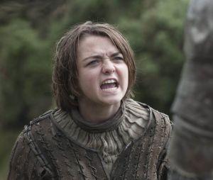 """Arya Stark (Maisie Williams) vai ganhar nova derivada de """"Game of Thrones""""? Os fãs querem!"""