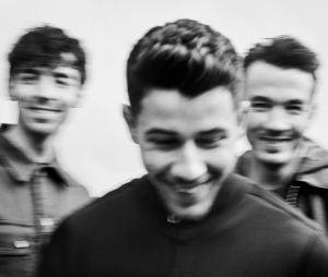 """""""Blood"""": o livro biográfico dos Jonas Brothers será lançado em novembro deste ano"""