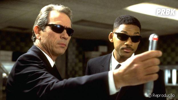 """A franquia de """"MIB"""" ficou marcada pela parceria entre Will Smith e Tommy Le Jones"""
