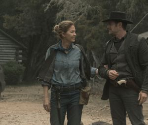 """""""Fear The Walking Dead"""": veja como foi a morte mais bizarra de um zumbi na série"""