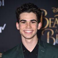 """Disney toma decisão importante sobre """"Descendentes"""" após a morte de Cameron Boyce"""