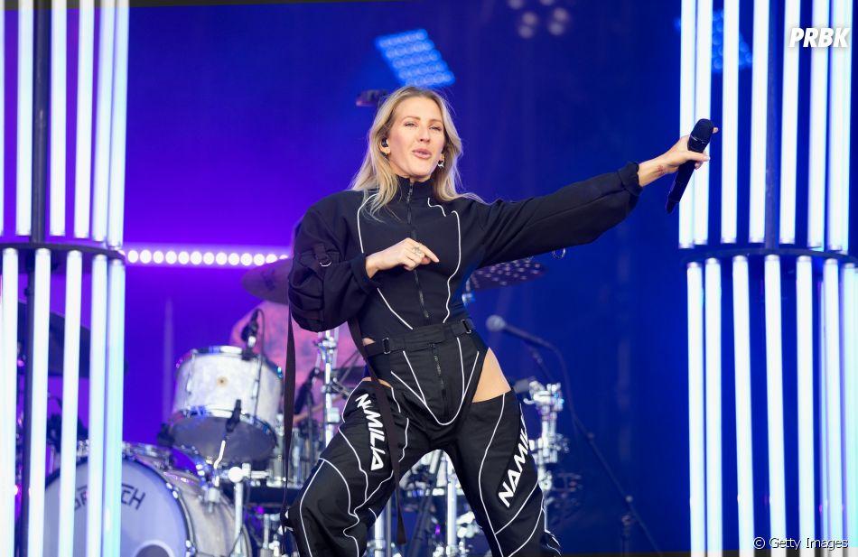 """A artista Ellie Goulding é dona de canções de sucesso como """"Love Me Like You Do"""" e """"Burn"""""""