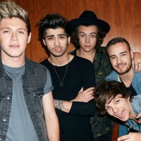 Hoje o One Direction completa 9 anos e o Twitter está muito nostálgico com a data