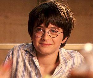"""Relembre as melhores cenas da saga """"Harry Potter"""" em comemoração ao aniversário do personagem"""