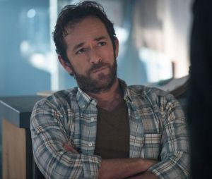 """""""Riverdale"""": primeiro episódio da 4ª temporada será em homenagem a Luke Perry"""