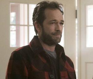 """Luke Perry, que interpretava Fred em """"Riverdale"""", faleceu em março de 2019"""