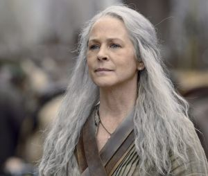 """Em """"The Walking Dead"""", Carol (Melissa McBride) é quem avista o ataque de zumbis"""