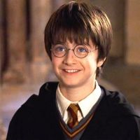 """A zoeira não tem limites e os fãs de """"Harry Potter"""" fizeram piada com a Netflix até na CCXP 2019!"""