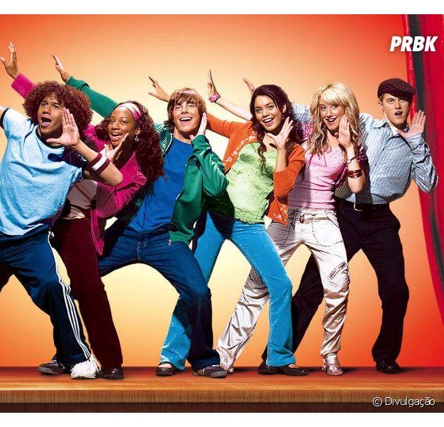 """Zac Efron participa de reunião de """"High School Musical"""", mas não canta com o elenco"""