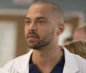 """De """"Grey's Anatomy"""", Jackson (Jesse Williams) corre risco de vida em """"Station 19"""""""