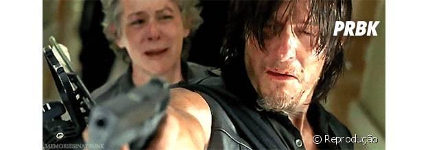 """Daryl (Norman Reedus) ficou inconsolável depois da morte de Beth (Emily Kinney) em """"The Walking Dead"""""""