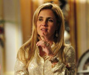 """Carminha (Adriana Esteves), de """"Avenida Brasil"""", tinha o bordão """"É tudo culpa da Rita!"""""""