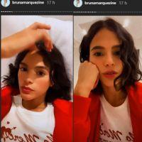 Bruna Marquezine volta a exibir o cabelo natural e comemora resultado da transição capilar