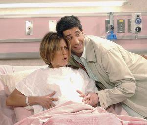 """""""Lucifer"""" e """"Friends"""" tem uma atriz em comum nos seus elencos!"""
