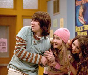 """""""Hannah Montana"""": responda o quiz e descubra quem seria seu amigo na série"""