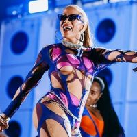"""""""Anitta: Made in Honório"""" prova força da cantora e deixa fãs emocionados! Confira as reações"""