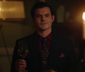 """Teorias de """"Riverdale"""" dizem que o pai do bebê de Toni (Vanessa Morgan) pode ser Chad Gekko (Chris Mason)"""