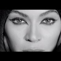 Beyoncé divulga vídeo inédito para comemorar 1 ano de seu último álbum e faz desabafo para os fãs!