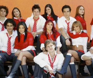 """""""Rebelde"""": Grupo Globo negocia com Televisa direitos de exibição da novela, série e shows do RBD"""