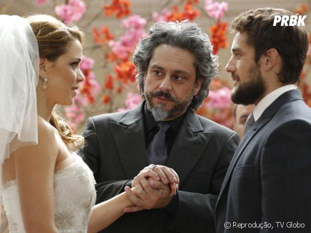 """""""Império"""": Cristina troca de lugar com Maria Clara e se casa com Vicente"""