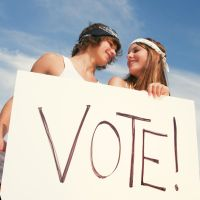 Por que você já deveria votar desde os 16 anos? Veja 5 excelentes motivos