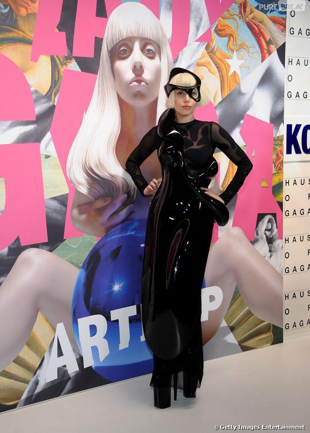 """Lady Gaga lança o CD """"ARTPOP"""" em Nova York, nos Esatdos Unidos"""