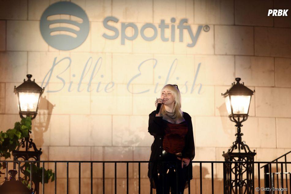 """Billie Eilish comenta lançamento: """"Eu queria fazer um álbum muito atemporal, que não fosse apenas atemporal como as pessoas pensavam, mas realmente atemporal para mim"""""""