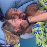 """No """"BBB 15"""": O clima entre Fernando e Aline esquenta e os brothers vão para baixo do edredom!"""