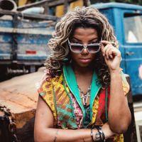 """Ludmilla recebe fãs para tarde de autógrafos do álbum """"Hoje"""" no Rio de Janeiro"""