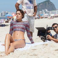 """Sophie Charlotte, Bruno Gagliasso e Bruno Gissoni gravam """"Babilônia"""" em praia do Rio"""