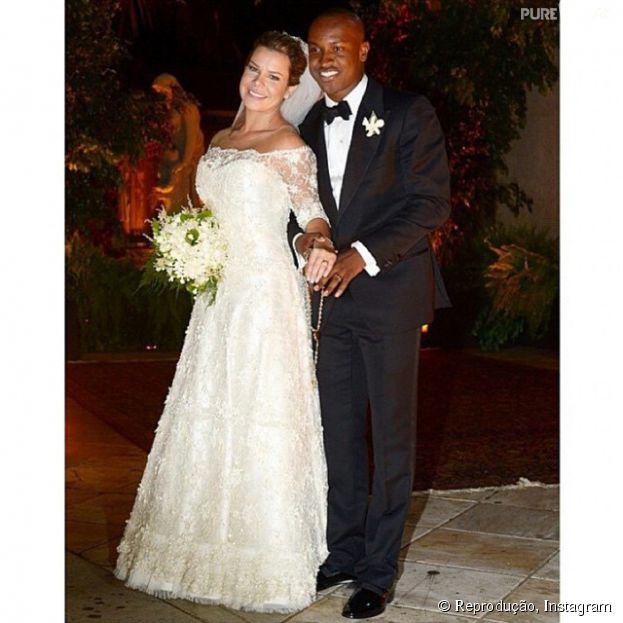 Com casamento tradicional, Thiaguinho e Fernanda Souza selam a união com presença de muitos amigos famosos