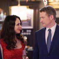 """Em """"Revenge"""": Na 4ª temporada, novas imagens mostram Victoria e David no maior clima!"""