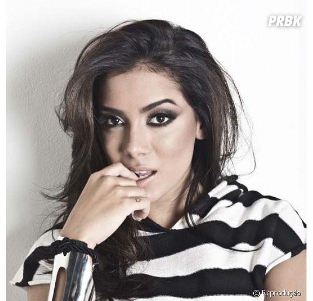 Anitta diz que quer encher a cara no aniversário de 22 anos!