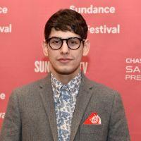 """Em """"The Big Bang Theory"""": Howard (Simon Helberg) vai ganhar um irmão mais novo!"""