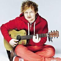Novos clipes de Ed Sheeran e Charli XCX! Corre para ver no canal do Youtube Music Awards!