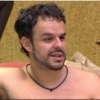 """No """"BBB15"""", Adrilles crítica Fernando em conversa com Mariza: """"Faz pequenas promessas afetivas"""""""