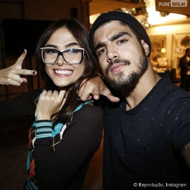"""Caio Castro falou que acha provável ter outro par romântico com Maria Casadevall em """"I Love Paraisópolis"""""""