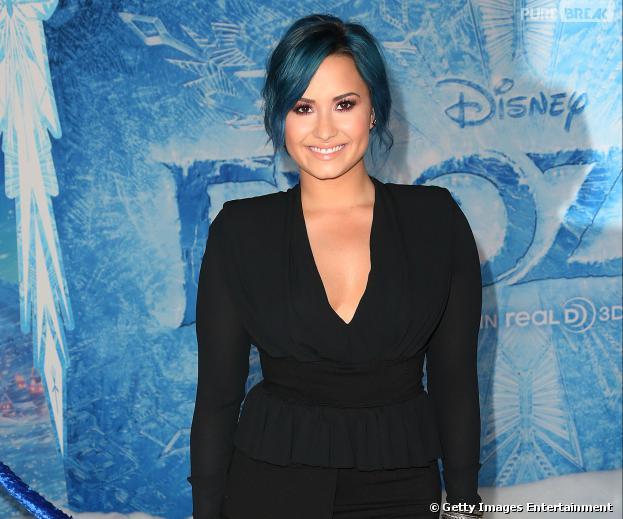Demi Lovato está no topo da lista de livros best-sellers do New York Times