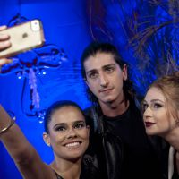 """De """"Amorteamo"""": Marina Ruy Barbosa, Johnny Massaro e Arianne Botelho comemoram estreia da série!"""