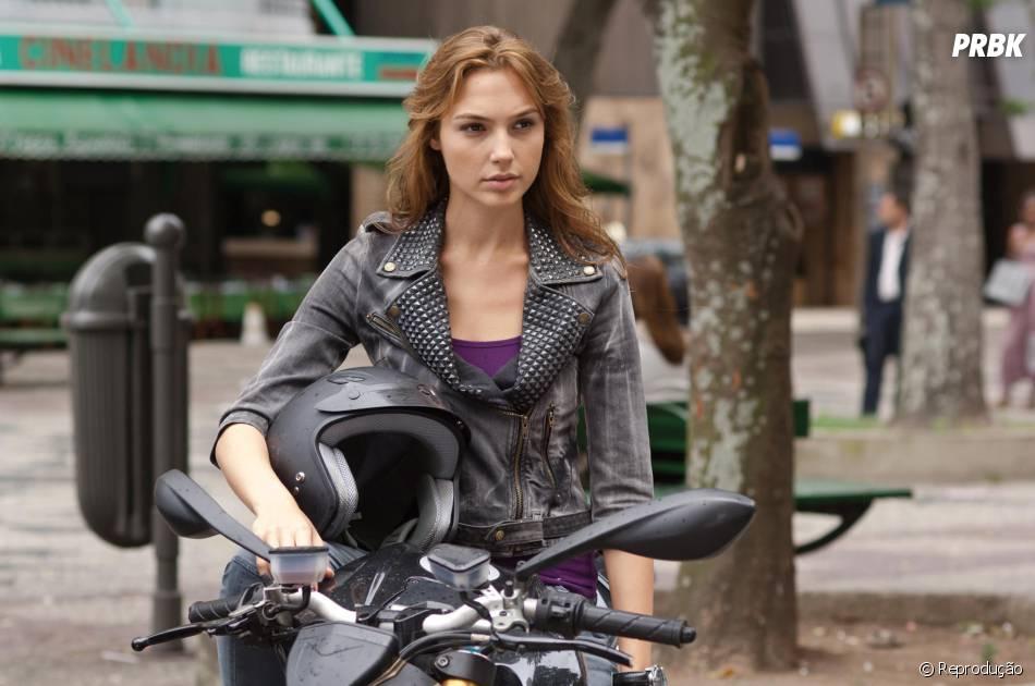 """Gal Gadot é uma das protagonistas de """"Velozes e Furiosos 7"""""""